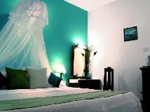 Kadaltheeram Zimmer