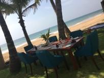 Hiru Mudra Strand Essen